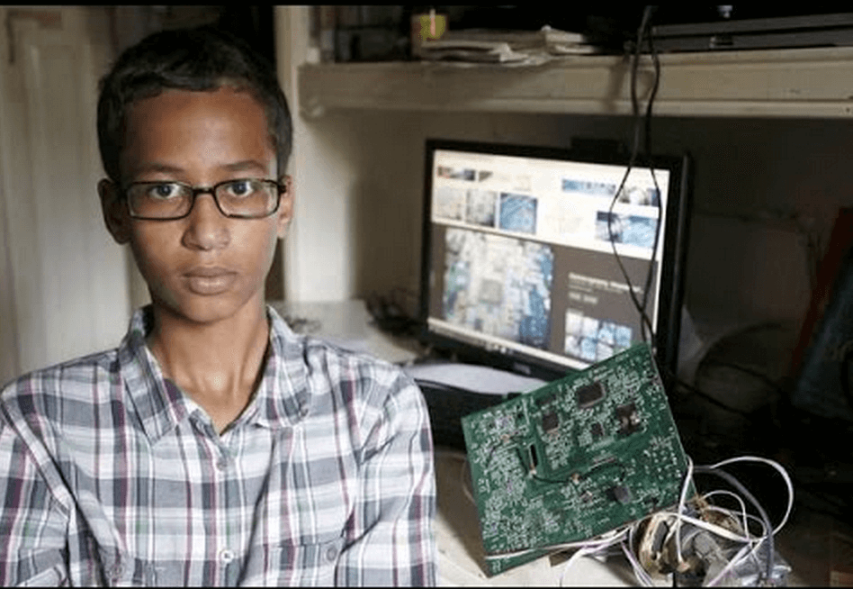 Ahmed Mohamed clock teacher