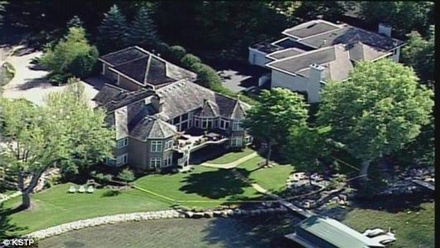 Family of five found dead in Minnesota mansion murder suicide