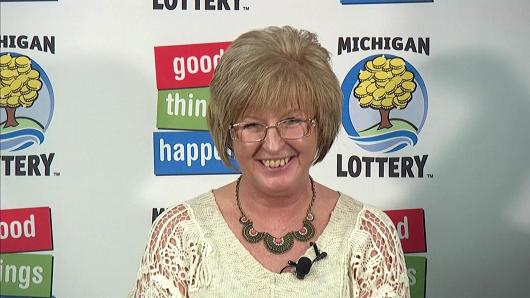 Julie Leach, Michigan factory supervisor $310m powerball draw