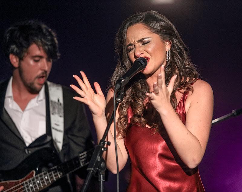 Nicole Raviv, rising pop soul singer