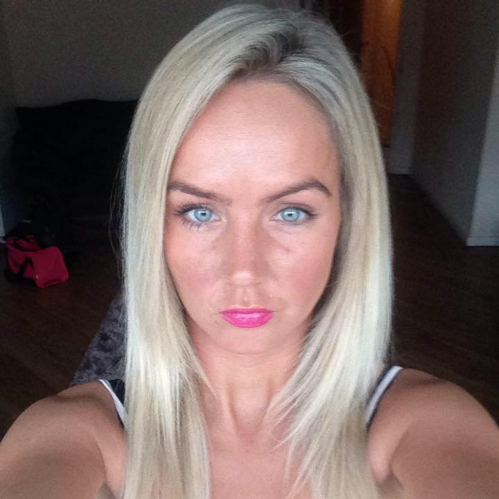Carly Potts, Uni student working as lap dancer hangs self