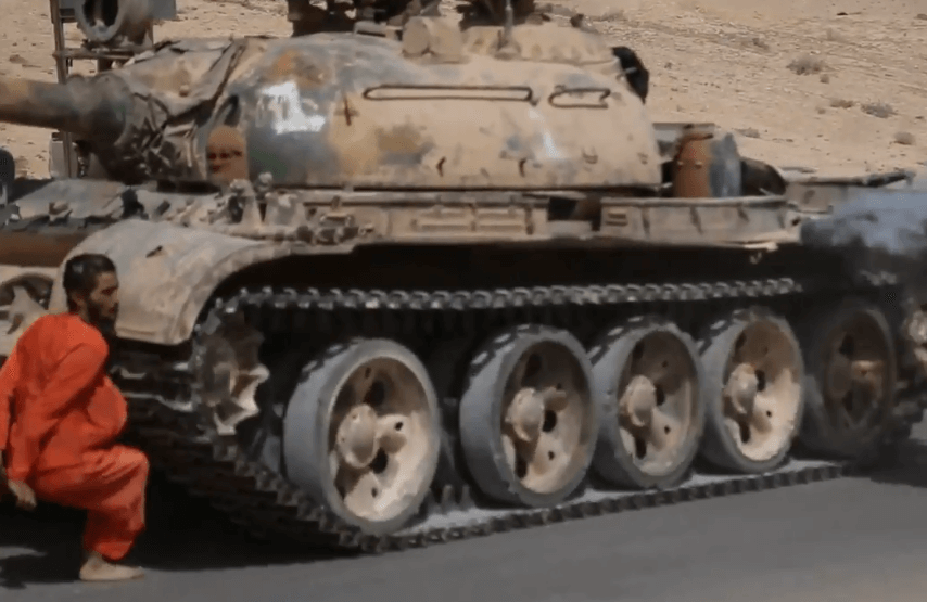 ISIS tank execution Syrian prisoner