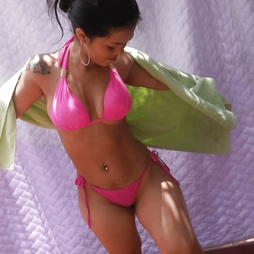 Karina Lemos Brazilian dwarf