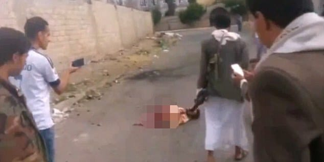 ISIS suicide bomber still alive blowing himself in half Yemen