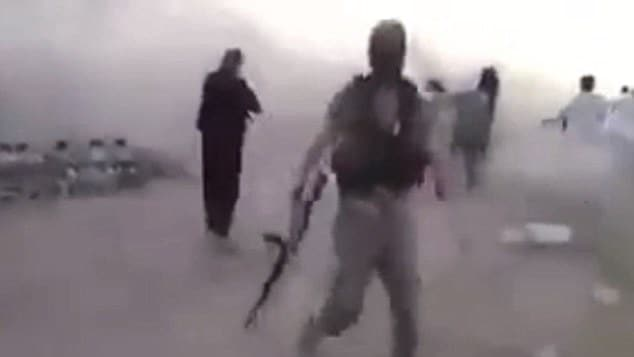ISIS execute 200 Syrian children in mass execution