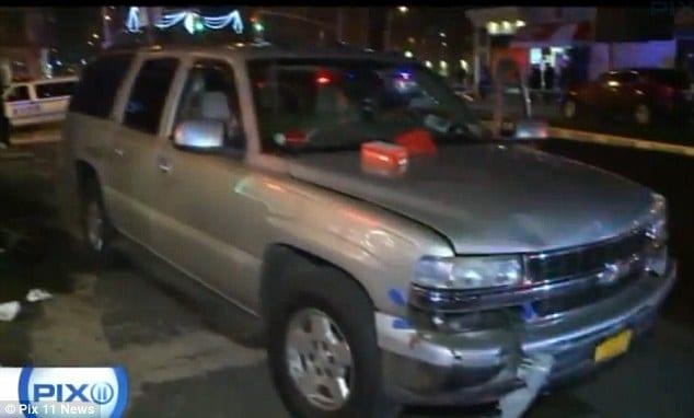New York woman eating pizza witnesses fatal car crash walks off