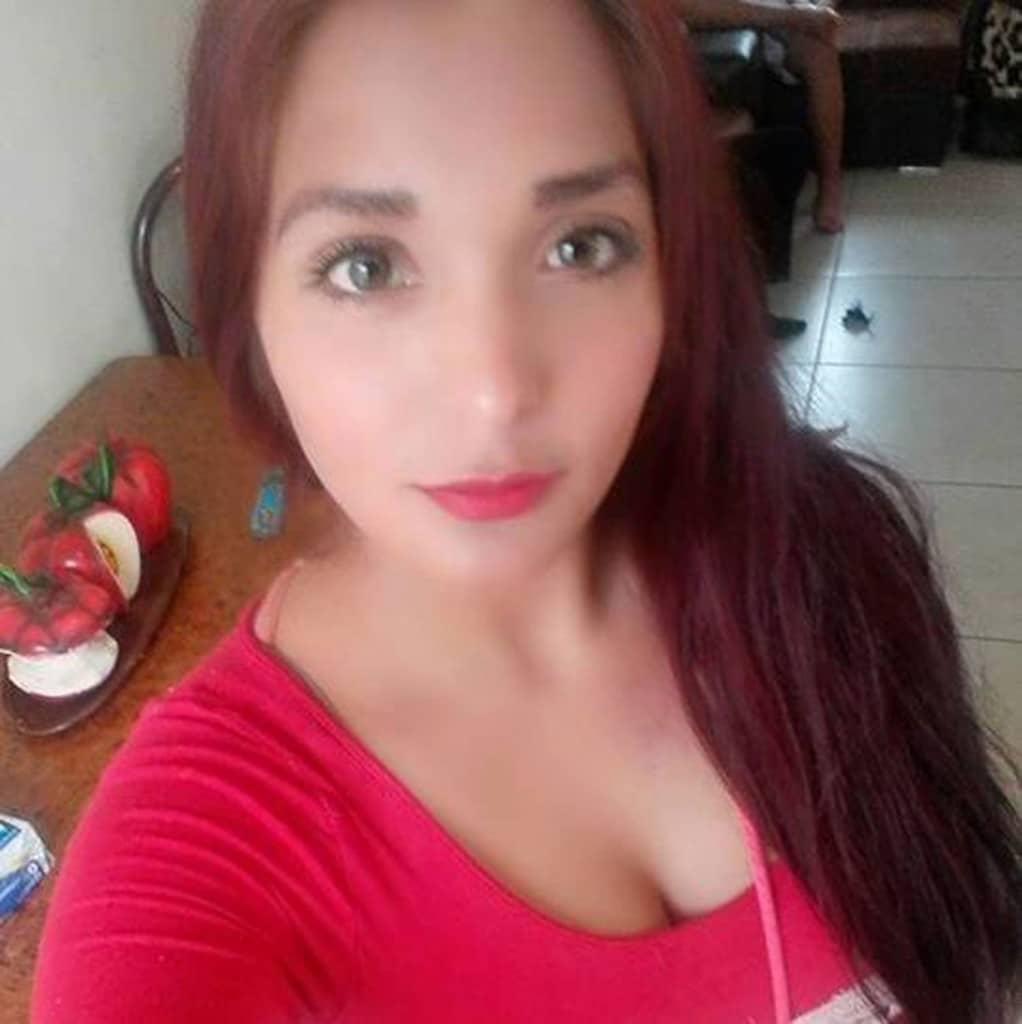 Nidia Garcia topless selfie