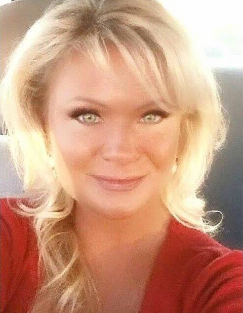 Christy Sheats gun lover