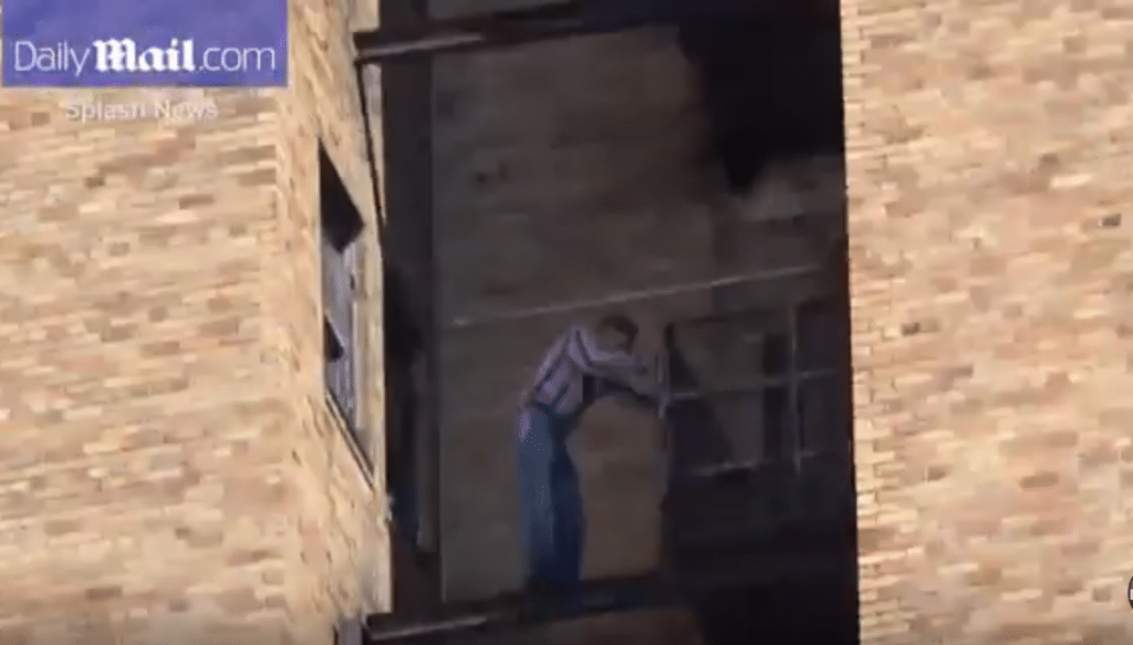 Suicidal Chinese man threatens jumping 22nd floor Tribeca