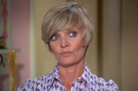 Why Florence Henderson Brady Bunch mom death resonates.