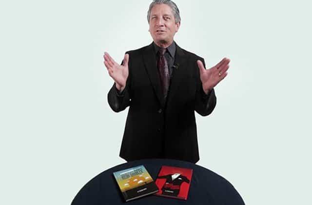 Daryl Easton magician