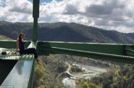 Foresthill Bridge selfie: Woman survives taking perfect photo.