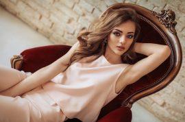 5 ways to look glamorous