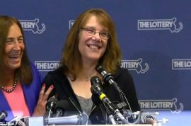 $758M: Mavis Wanczyk hospital worker powerball winner, 'I quit!'