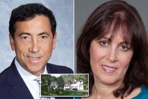 Finance guru admits stabbing estranged wife 22 times to death while she showered