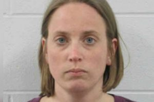 Minnesota woman send 696 text messages to Iowa man in violation of no contact order