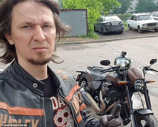 Artem Boldyrev Russian bike blogger