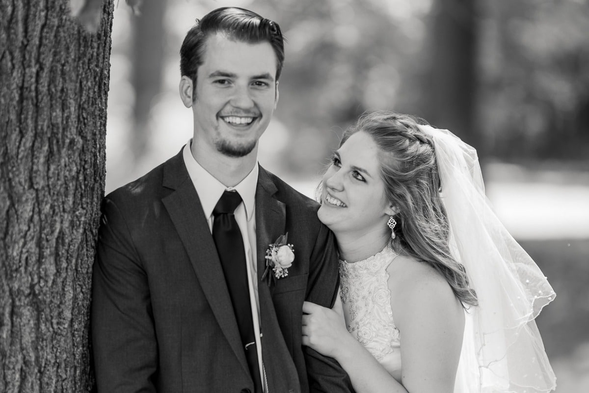 Dalton Cottrell Iowa man and wife- Cheyenne Hedrick,