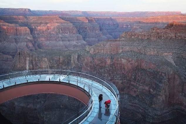 Grand Canyon Sidewalk Death