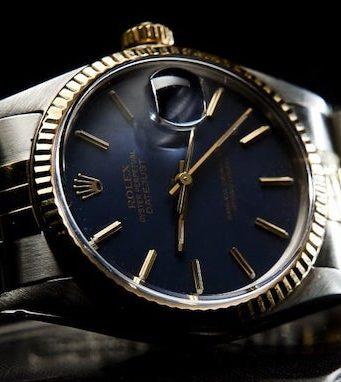 Buying luxury watch