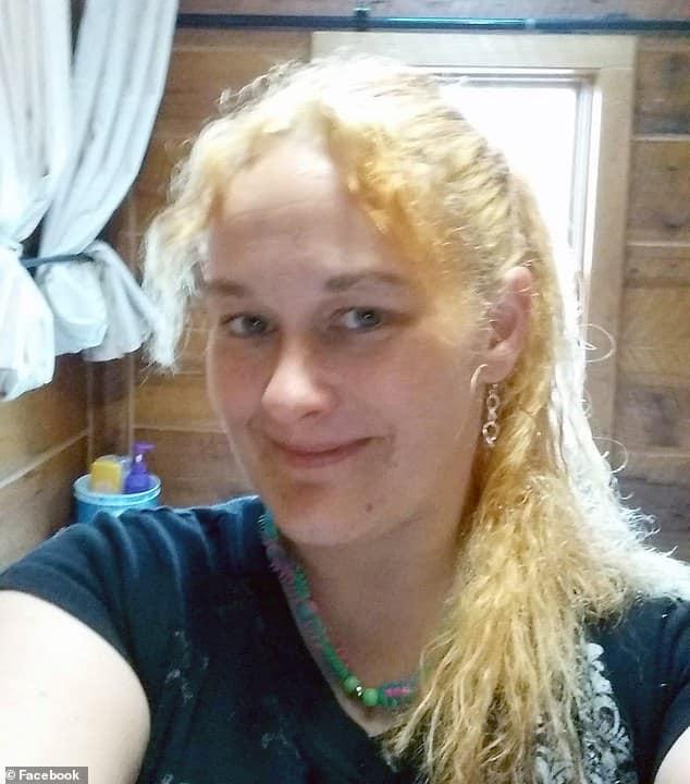 bag of meth hair bow tie Arkansas woman