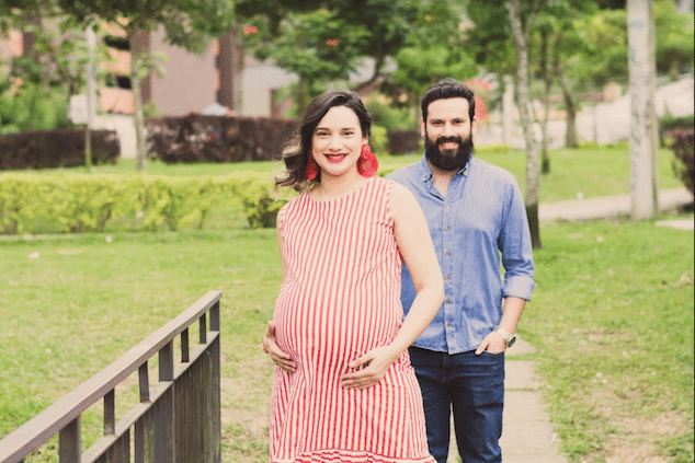 Look Stylish While Pregnant
