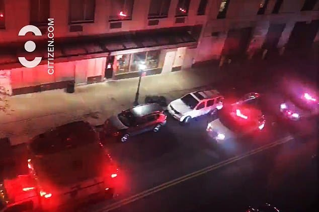 64 yr old Manhattan man leaps to his death off 16th floor Tribeca apartment