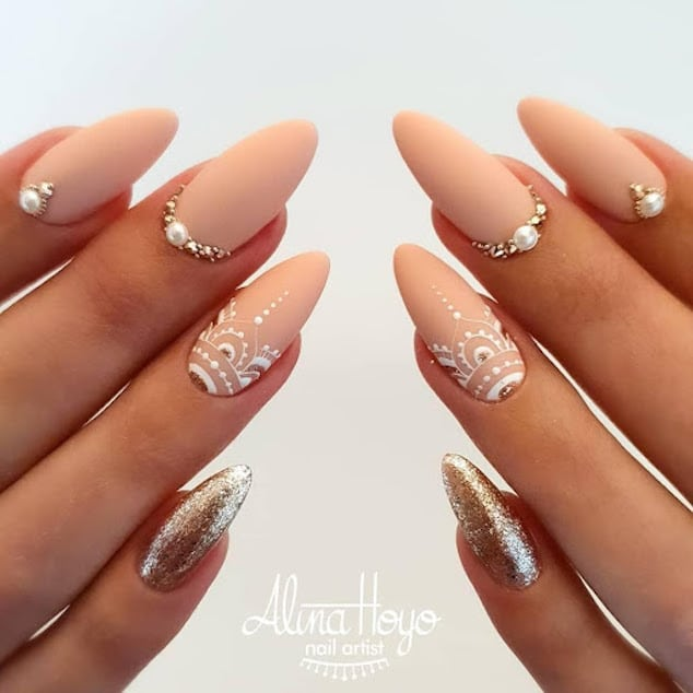 Almond Nails Designs
