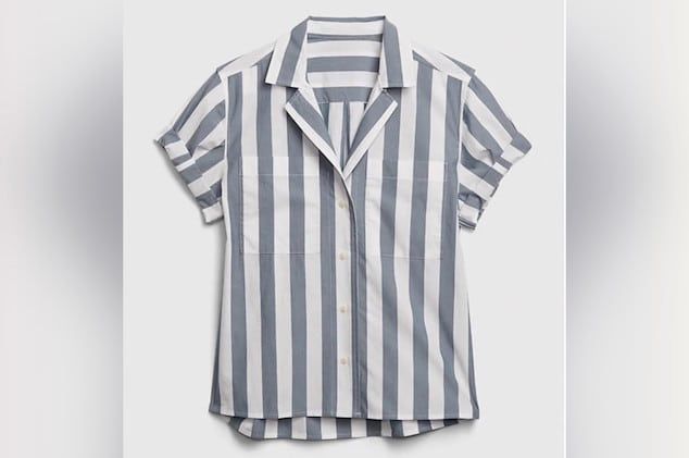 Gap striped shirt Auschwitz uniform