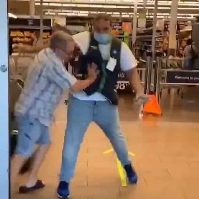 Orange County Walmart customer with no mask