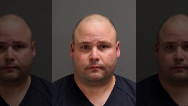 Man charged w: throwing 40 pound sandbag off Michigan overpass