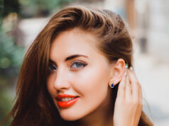 5 Earring Styles Every Woman Must Own