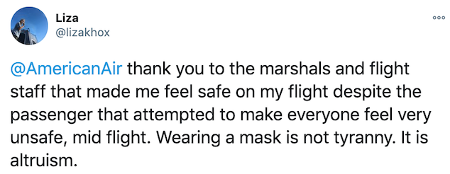 American Airlines passenger refuses to wear mask correctly