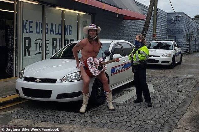 Robert Burck Times Square Naked Cowboy aggressive panhandling arrest