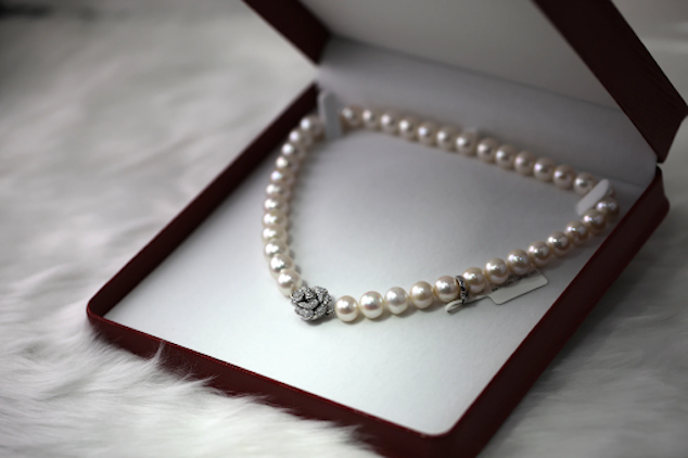Why you should be Buying Jewelry Online