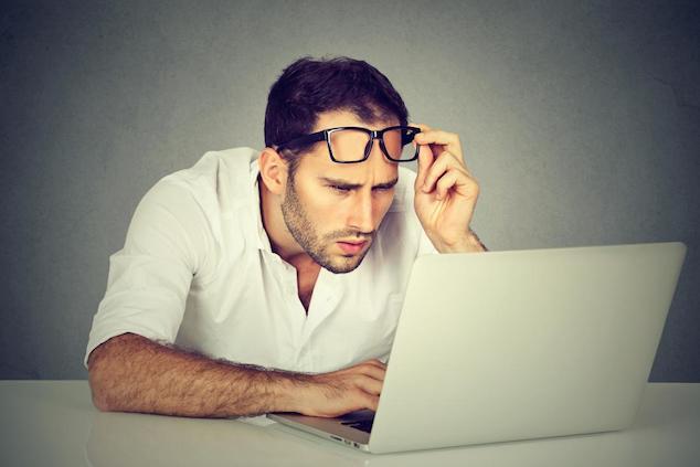 laptop causing eye strain